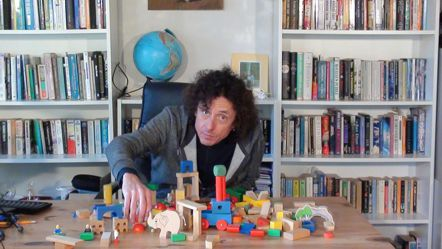 Screenshot from Nonverbal Idea Building video